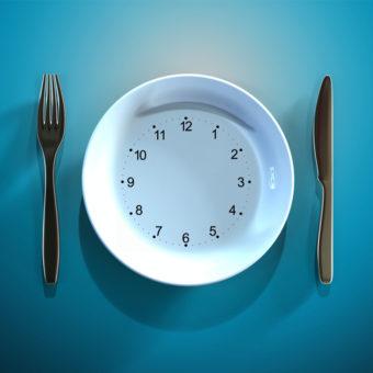 Intermittent Fasting: Uitleg, voordelen en praktische tips!